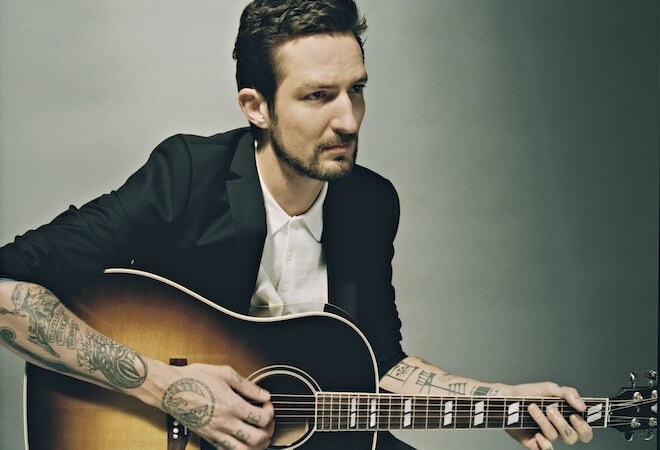 Frank Turner Presseimage 01 by James Medina