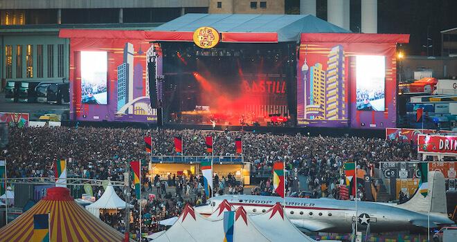 Lollapalooza_berlin_Festival_2015_Bastille