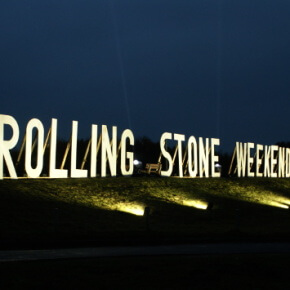 Rolling_STone_Weekender_2015_Sign