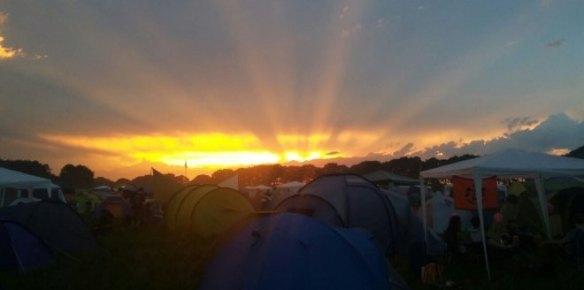 hurricane-festival-2016-freitag-sonnenuntergang