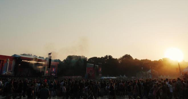 Sonnenuntergang über dem Lollapalooza