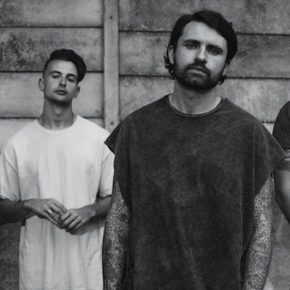 Lower Than Atlantis und Young Guns im Maschinenhaus