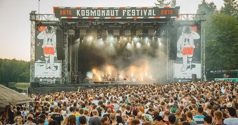 BOY auf dem Kosmonaut Festival