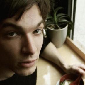 Moritz Krämer am 14.01. im Musik & Frieden Berlin