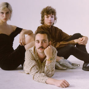 Sunflower Bean am 14.04.2018 im Rosis Berlin