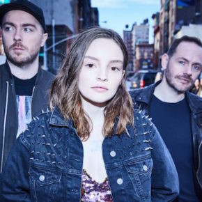 "Hört CHVRCHES neue Single ""Get Out""!"