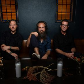 Calexico and Iron & Wine am 09.11.2019 im Tempodrom Berlin