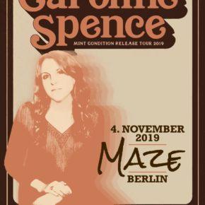 Caroline Spence am 04.11.2019 | Maze Berlin